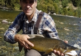 David Robinson NZL with New Zealand Fly Fishing Guide, Tony Entwistle.