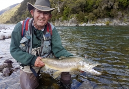 Mike Stevenson NZL with New Zealand Fly Fishing Guide, Tony Entwistle.
